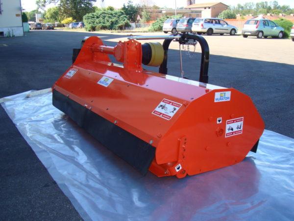 Muratori MT40 Klepelmaaier Op Tractor (13)