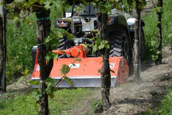 Muratori MT40 Klepelmaaier Op Tractor (14)